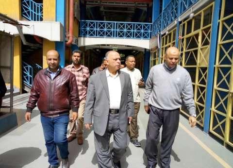 نائب محافظ القاهرة يتفقد أسواق عبود والزاوية الجديدة