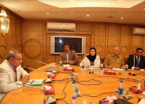 محافظ قنا يعقد اجتماع المجلس التنفيذي للمحافظة