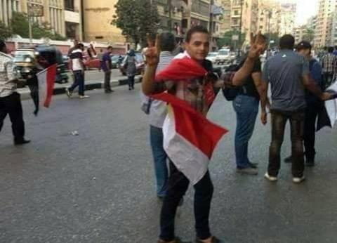 """""""خصم 30% وتقسيط 6 شهور"""".. نقاش يقدم عروضا للناخبين: """"علشان الكل يفرح"""""""
