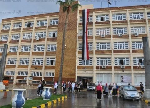 إصابة طالبة بآداب الإسكندرية بعد تحطم زجاج نافذة عليها لسوء حالة الطقس