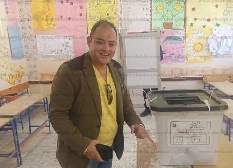 نائب أكتوبر يدلي بصوته في المدرسة السياحية الأولى