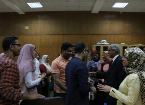 رئيس جامعة جنوب الوادي يتابع ورش عمل نموذج المحاكاة المصرية