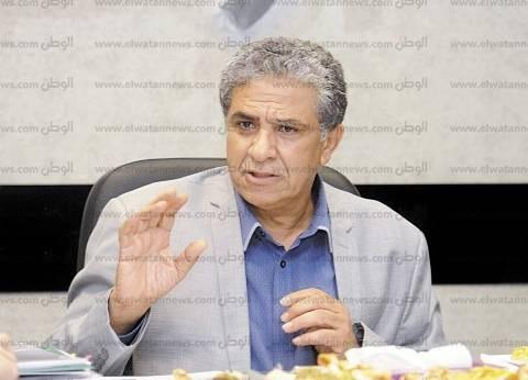 """وزير البيئة يغادر القاهرة للمشاركة في اجتماع تغير المناخ بـ""""مونتريال"""""""