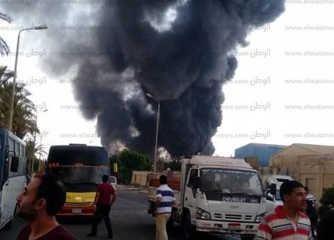 عاجل| حريق هائل في مصنع بويات غرب الإسكندرية