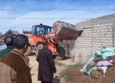 محافظ مطروح: إزالة 31 حالة تعدِ على الأراضي الزراعية بمدينة الحمام
