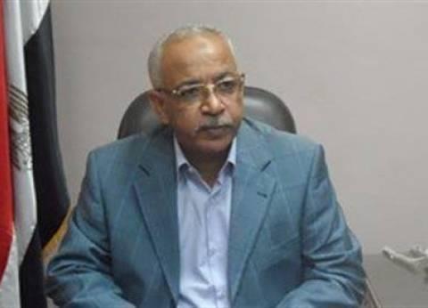 """نائب رئيس """"عمال مصر"""": لست مع صرف العلاوات.. الحد الأدنى للأجور أفضل"""