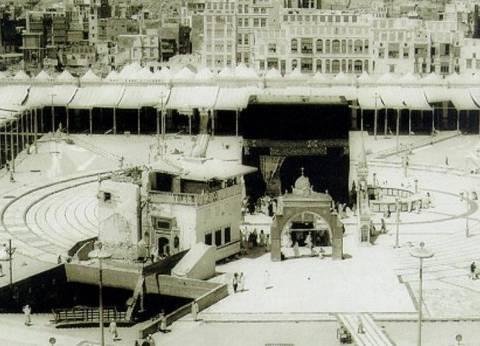 """""""زمزم"""".. قصة بئر تدفق بين قدمي إسماعيل: لم تجف ماؤها منذ 5 آلاف عام"""