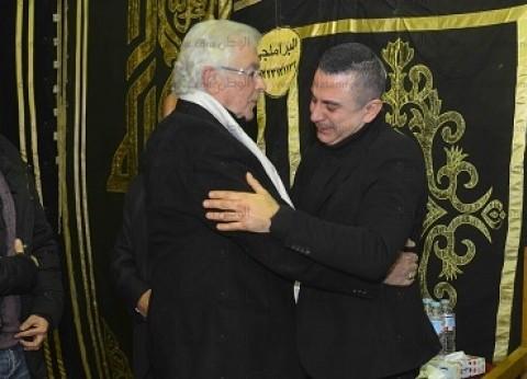 بالصور| محمود قابيل والشقنقيري في عزاء سعيد عبدالغني