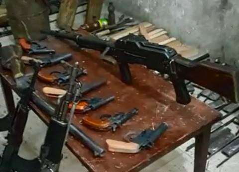 ضبط 6 أشخاص بحوزتهم أسلحة نارية وبيضاء في البحيرة