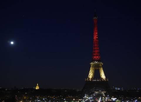 """وسائل إعلام: إقامة حائط زجاجي حول قاعدة """"برج إيفل"""" لحمايته من الإرهاب"""