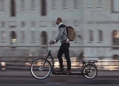 """بالفيديو  أول دراجة هوائية """"مشاية"""""""