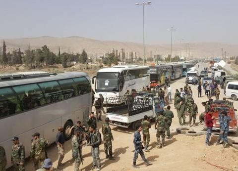 """خروج 1500 مسلح من ريف درعا عبر معبر """"أم باطنة"""" باتجاه إدلب"""