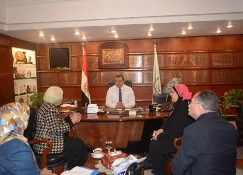 """""""سعفان"""": المرأة المصرية أثبتت أنها مثال يحتذى به في الأداء والوطنية"""