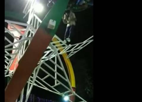 بالفيديو| سقوط شاب من إحدى ألعاب ملاهي نقابة المهندسين.. في حالة خطرة