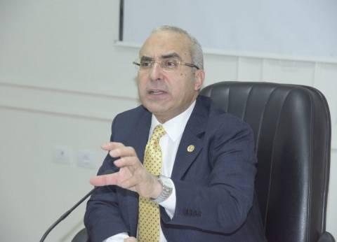 """رئيس """"تدريب الأطباء"""": لا نية لزيادة رسوم """"البورد المصري"""""""