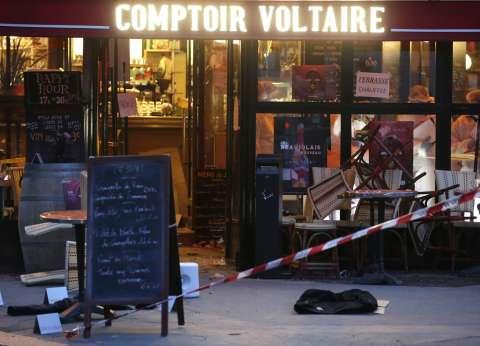 """الأندية الإنجليزية تقف دقيقتي حداد للتضامن مع ضحايا """"هجمات باريس"""""""