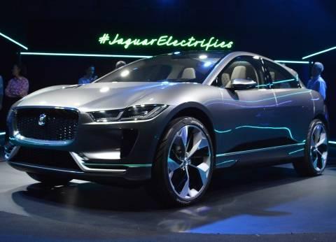 «جاجوار» تغزو عالم السيارات الكهربائية بالسيارة النموذج I-PACE رباعية الدفع