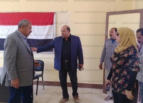 """""""العشماوي"""" يتفقد مقرات لجان الاستفتاء في رأس سدر"""