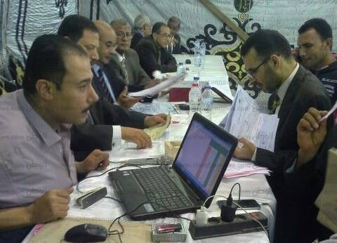 مؤشرات أولية | السيسي 1885 صوتا مقابل 74 لموسى بلجنة 30 مينا البصل