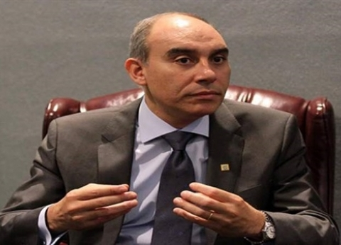 يوسف: توافد المصريين في جنيف بالاستفتاء لتعزيز جهود الرئيس
