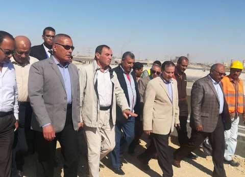 العشري وحامد يتفقدان أعمال تطوير محطة مياه الشرب بعتاقة في السويس