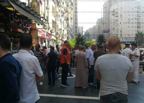 بالصور.. إغلاق المطعم السوري بالشمع الأحمر استجابة لاستغاثة سيدة الإسكندرية