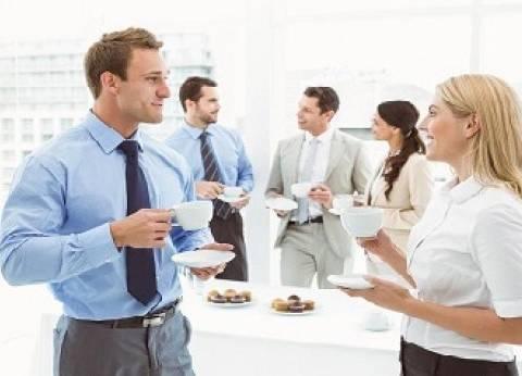«النجار»: بيئة العمل «المكدسة» أساس الصدام بين الموظف والمدير