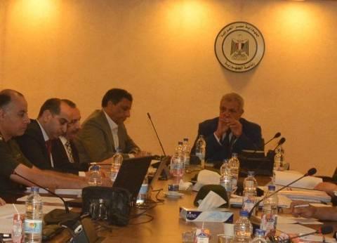 «محلب»: لجنة أراضى الدولة تنتظر تفويض المحافظين للبدء فى تقنين «وضع اليد»