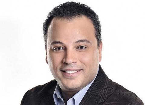 """تامر عبدالمنعم ناعيا """"نور الشريف"""": وداعا أيقونة الفن المصري"""