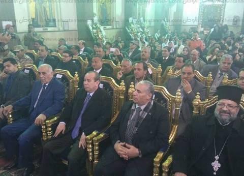 بالصور| القيادات التنفيذية والأمنية تشارك الأقباط احتفالاتهم في دمياط