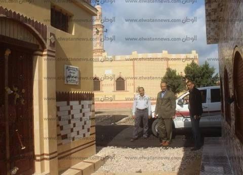 مساعد محافظ كفر الشيخ يتابع رصف مقابر عزبة مفتاح