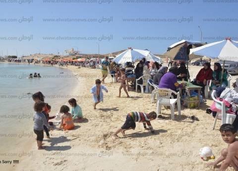 شواطئ مطروح كاملة العدد بشم النسيم.. واشغالات الفنادق تتخطى 70%
