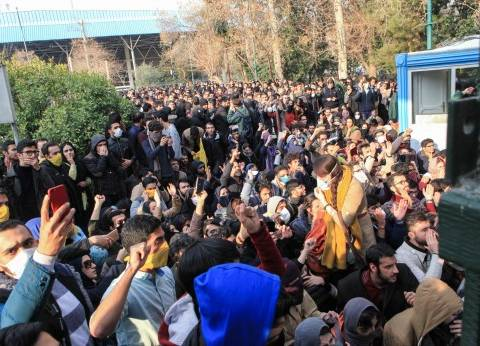 """""""الاستخبارات الأمريكية"""" تنفي أي ضلوع لها في احتجاجات إيران"""