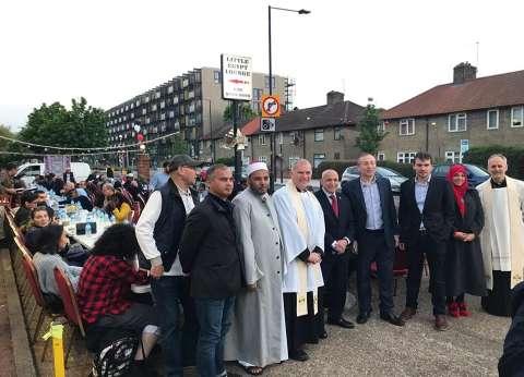 """بالصور  """"بيت العائلة المصرية"""" في لندن ينظم حفل إفطار جماعي"""