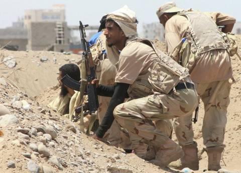معارك عنيفة قرب البوابة الرئيسية لقصر معاشيق الرئاسي في اليمن