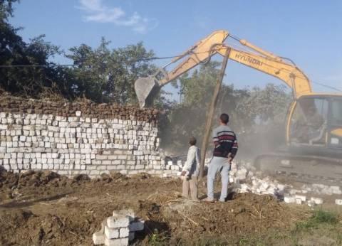 إزالة 206 حالة تعد على أراضي طرح النهر وأملاك الدولة بالمنيا