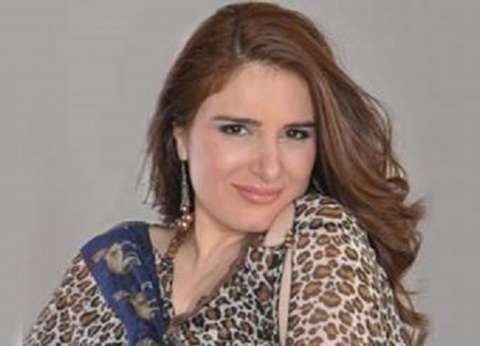 """ميرنا وليد تدلي بصوتها في انتخابات """"المهن السينمائية"""""""
