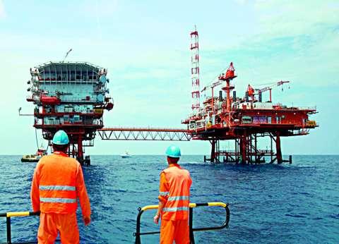 """""""الوزراء"""" يوافق على استغلال منطقة دلتا النيل للبحث عن البترول"""
