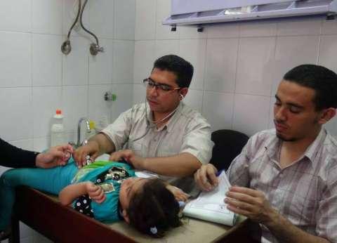 قافلة طبية بقرية دير عطية بمركز المنيا