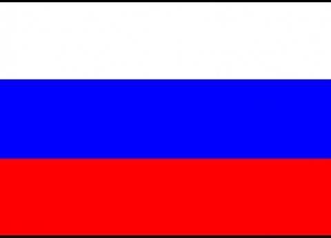 """""""كلاشنيكوف"""" الروسية تقدم تذكارات بأكبر مطارات موسكو"""