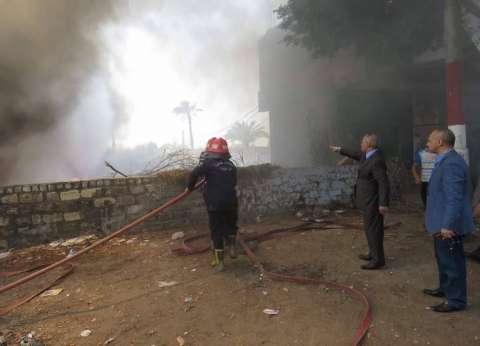 بالصور| مدير أمن بني سويف يشرف على إخماد حريق