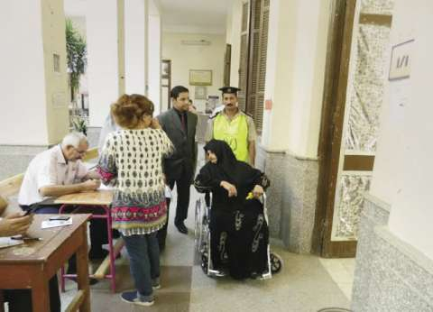 اللجان الانتخابية في أسيوط تواصل استقبال الناخبين في اليوم الثاني من انتخابات جولة الإعادة