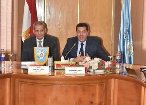 بالصور| وزير التربية والتعليم يلتقي نواب أسيوط وقيادات التعليم