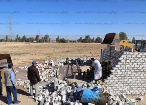 #ضعيف//محافظ أسوان يتابع تنفيذ حملة إزالة تعديات مكبرة عل
