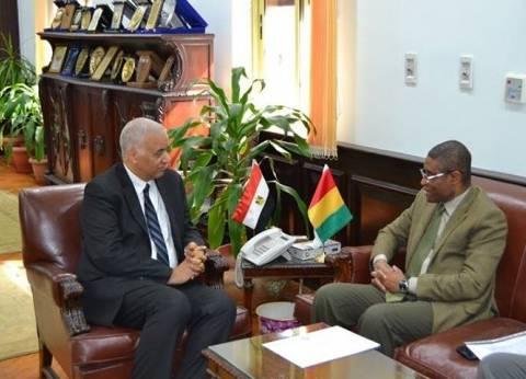 رئيس جامعة الإسكندرية يستقبل سفير دولة غينيا كوناكري