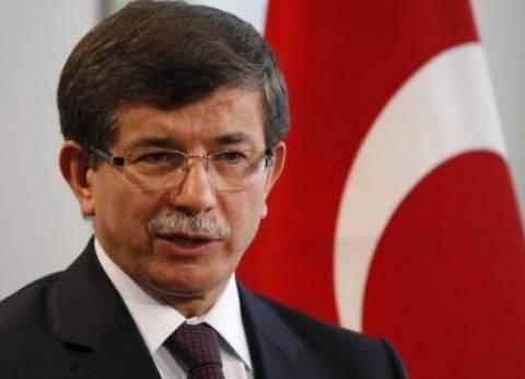 داود أوغلو: تركيا واليونان لا يمكنهما تحمل عبء أزمة الهجرة وحدهما