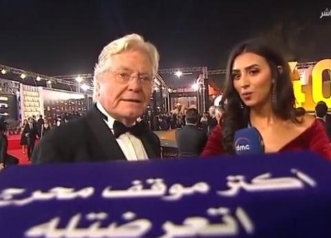"""حسين فهمي: رئيس """"القاهرة السينمائي"""" زي ابني.. والمهرجان هايل"""