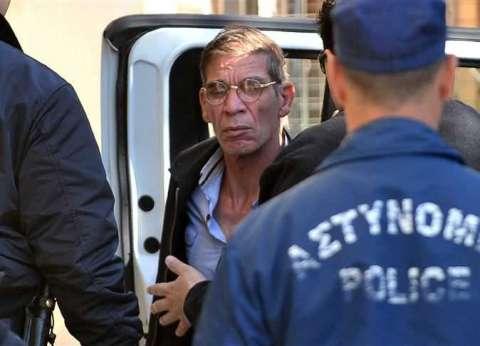 بعد أن أعاده الإنتربول المصري.. من هو خاطف الطائرة المصرية؟