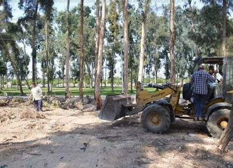 شرطة البيئة والمسطحات تنفذ 77 قرار إزالة بكفر الشيخ