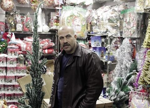 تراجع زينة رأس السنة فى «درب البرابرة».. والتجار: «كفاية بلونة»